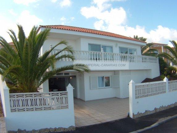 Einfamilienhaus in La Luz  -  Fabelhaftes Einfamilienhaus auf einer Etage und in ruhiger Wohnsiedlung.
