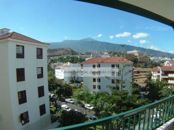 Wohnung in El Tope  -  Großzügige und helle Wohnung in hoher Etage mit tollem Ausblick.