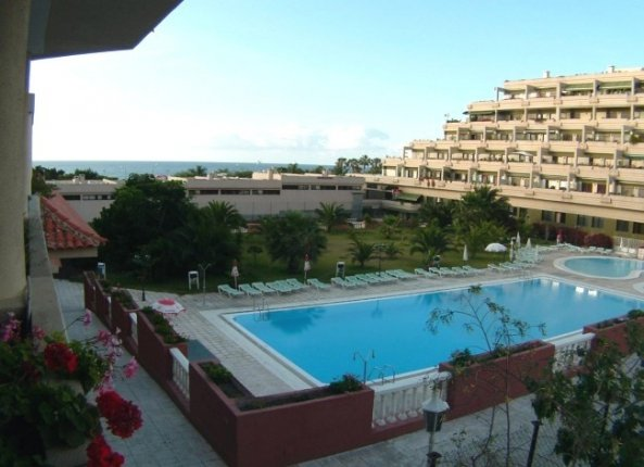 Apartment in Playa Jardin  -  Several apartment with 1 separate bed room in desirable area near the beach.