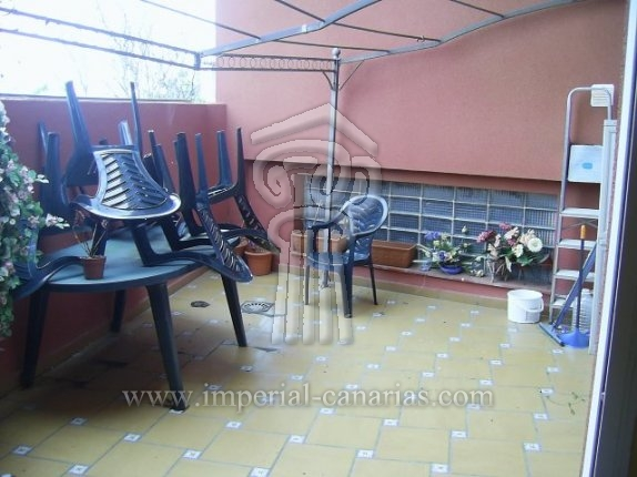 Flat in centro  -  Flat in La Matanza with 2 bedrooms and terrace.