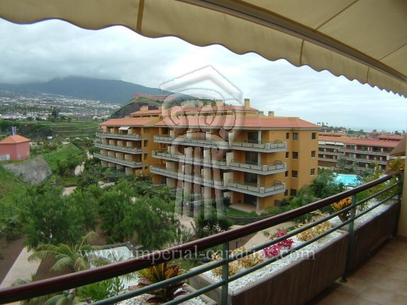 Apartment in El Durazno  -  Lovely apartment in brandnew complex with pool.