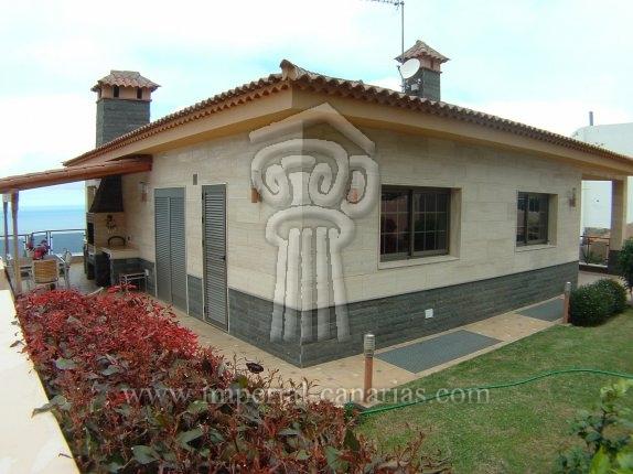 Einfamilienhaus in La Primavera  -  Modernes, hochwertiges Anwesen in einer der besten Wohnbezirke der Insel.
