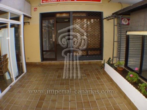 Geschäftslokal in El Tope  -  Ladenlokal in einer sehr bewegten Lage an der Carretera Botánico