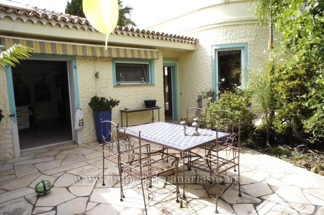 Einfamilienhaus in La Quinta  -  Großzügiges Haus in bevorzugter Wohnlage von Santa Ursula.