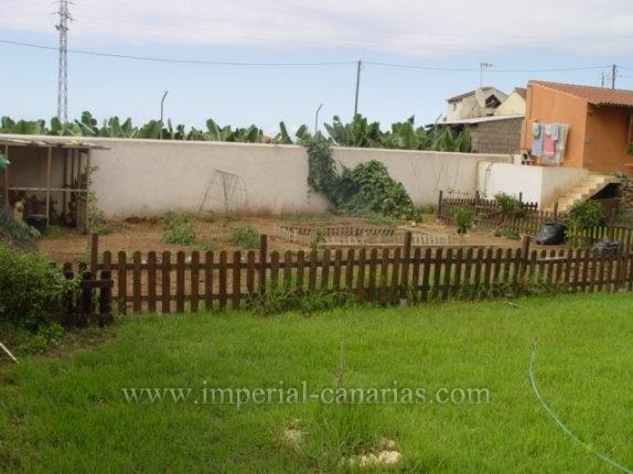 Einfamilienhaus in El Castillo  -  Einfamilienhaus mit 1.500 qm Grund in Los Realejos.