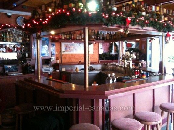 Bar in centro  -  Kleine Kneipe in Bestlage, zur Übergabe und zu vermieten.
