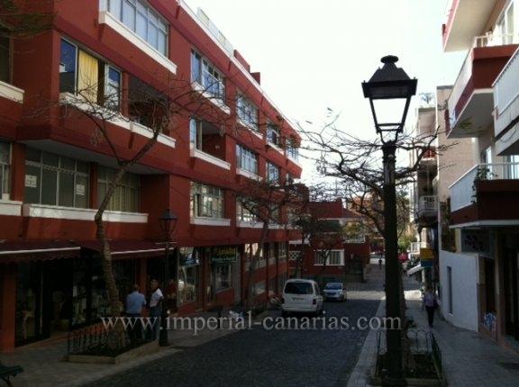 Wohnung in centro  -  Gemütliche 3 Zimmer Wohnung komplett renoviert in Stadtzentrum