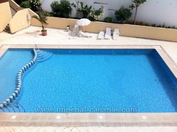 Wohnung in San Antonio  -  Neuwertige Wohnung in Anñage mit Pool.