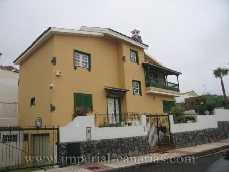 Einfamilienhaus in CASA AZUL  -  Wunderschönes Einfamilienhaus, ruhiggelegen und hell.