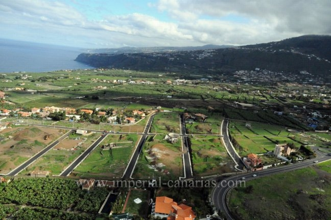 Several urban plots from 500 sq.m large in desirable area of El Durazno