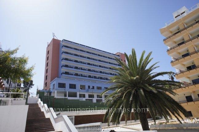 Appartement in centro  -  Zentral gelegene Anlage mit gut aufgeteilten und hellen Appartements mit Meer- und Teideblick.