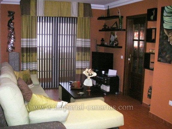 Wohnung in Los Realejos  -  Moderne und geräumige Wohnung mit Blick auf Meer und Dorf, fast neu