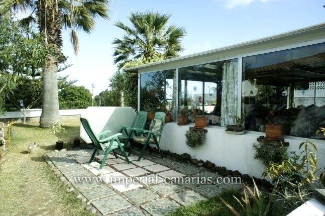 Einfamilienhaus in La Corina  -  In Stadtnähe und nahe dem Einkaufszentrum