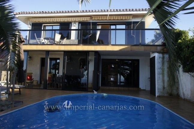 Einfamilienhaus in El Sauzal  -  Gemütliches Ferienhaus mit allem Komfort zu fairem Preis.