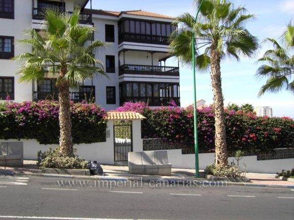 Wohnung in El Tope  -  Wohnen Sie einer zentral-gelegenen Wohngegend und geniessen Sie Ihren eigenen schönen Garten.