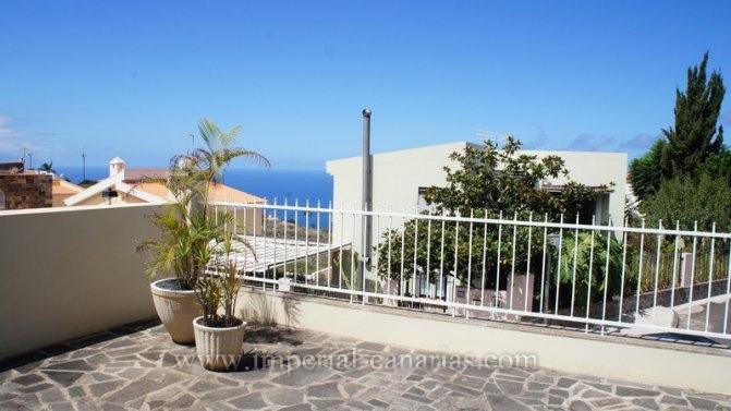 Einfamilienhaus in El Sauzal  -  Grosses, sch�nes Haus mit Meer- und Teideblick, privatem Garten und Pool, in La Baranda, El Sauzal.