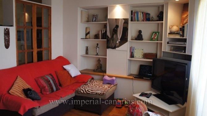 Wohnung in La Milagrosa  -  Wohnen Sie in einer schönen und zentral gelegenen Wohnung nur wenige Gehminuten zur Innenstadt, Schulen und allen Annehmlichkeiten in La Orotava.