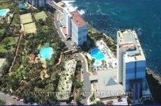 Appartement in Residencia Maritim  -  Geräumiges Apartment mit herrlichem Meerblick, wo sie eine Anlage mit verschiedenen Schwimmbecken und tropischen Gärten genießen können.