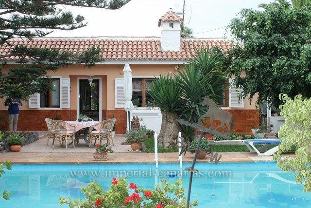 Einfamilienhaus in La Mancha  -  Geniessen Sie die Küste und Berge Teneriffas im eigenen Chalet
