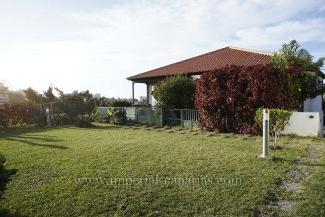Bungalow in Jardines de la Quintana  -  Tolle Wohnung im Bungalowstil mit privatem Garten.