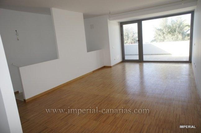 Duplex in La Quinta  -  EINMALIGE CHANCE, schönes und luxuriöses Duplex mit zwei Schlafzimmer zum Erstbezug in La Quinta.