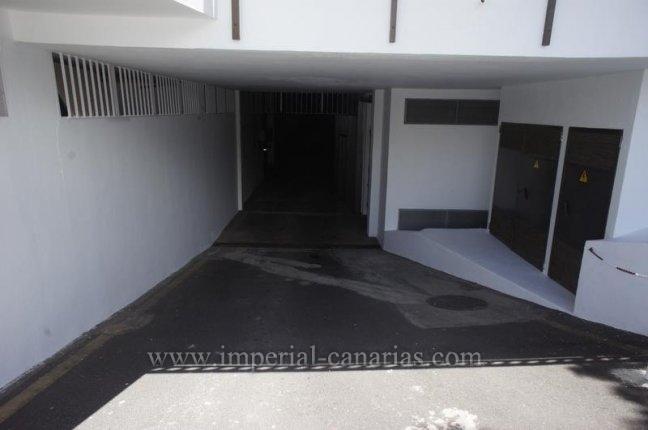 Plaza de garaje céntrica y de fácil acceso para alquilar.