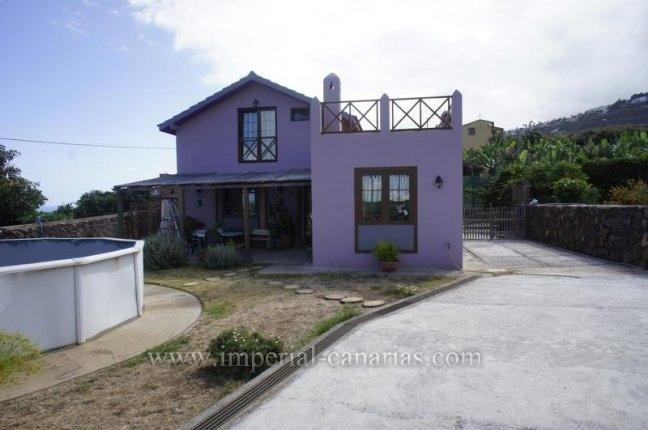 Kanarisches Haus in El Rincon  -  Großes Haus mit einer Finca von  2.000 m2 und separatem Gästehaus in El Rincón mit vielen Möglichkeiten.