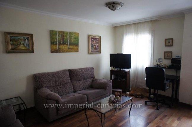 Appartement in Plaza del Charco  -  Genießen Sie das Leben in der Innenstadt von Puerto de la Cruz in dieser sschönen Wohnung mit drei Schlafzimmern.