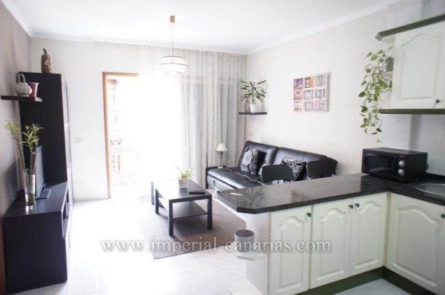 Wohnung in Plaza de Europa  -  Gem�tliche und elegante Wohnung mit einem Schlafzimmer zentral gelegen  in Puerto de la Cruz in der N�he des Hafens und der Plaza del Charco.