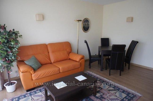 Appartement in El Tope  -  Schöne und gemütliche Wohnung komplett eingerichtet, sehr zentral gelegen mit Gemeinschafts-Pool und Gartenanlage im Ortsteil El Tope.