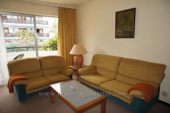 Appartement in El Tope  -  Schöne und gemütliche Wohnung, mit zwei Schlafzimmer sehr zentral gelegen mit Gemeinschafts-Pool und Gartenanlage im Ortsteil El Tope.