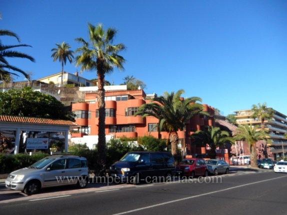 Appartement in Carretera del Botanico  -  Renovierungsbed�rftiges Apartment in der N�he von Puerto de la Cruz, mit verhandlungsf�higem Preis.
