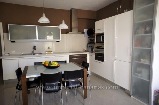 Wohnung in La Paz  -  Schönes und ruhiges Apartment zu vermieten in La Paz mit Terrasse und Pool