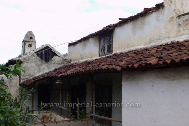 Einfamilienhaus in Centro  -  Kanarisches Haus in San Juan de laRambla, renovierungsbedürftig