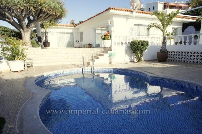 Einfamilienhaus in El Durazno  -  Tolles Anwesen auf nur einer Etage mit schönem Rundumblick am Stadtrand von Puerto de la Cruz!