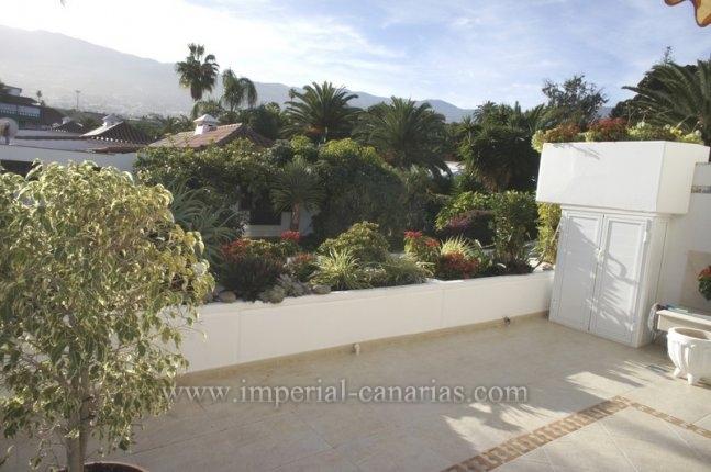 Appartement in La Paz  -  Sonniges Appartement in hübschem Gebäude mit tropischem Garten und beheitztem Pool