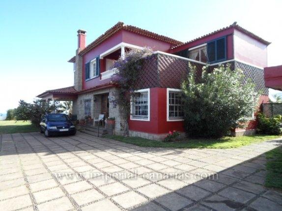 Villa in el Santisimo, l  -