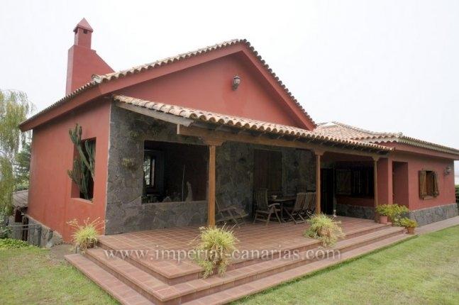 Einfamilienhaus in Barranco Las Lajas  -  Einfamilienhaus mit grossen Garten und Finca