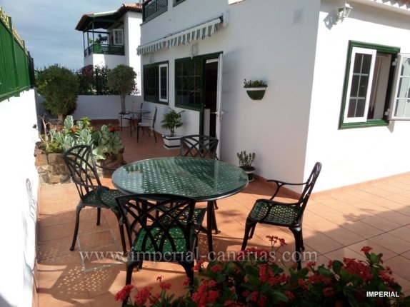 Enjoy this beautiful apartment in El Durazno area with a splendid terrace.