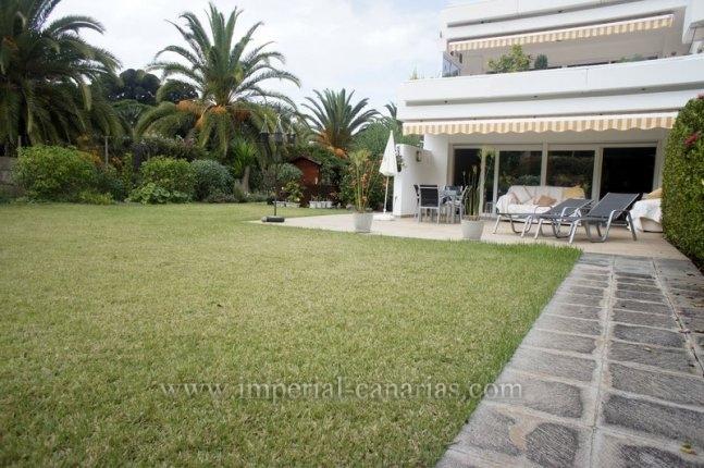 Schöne voll renovierte Wohnung in der besten Gegend von La Paz mit grossem Garten und Terrassen!