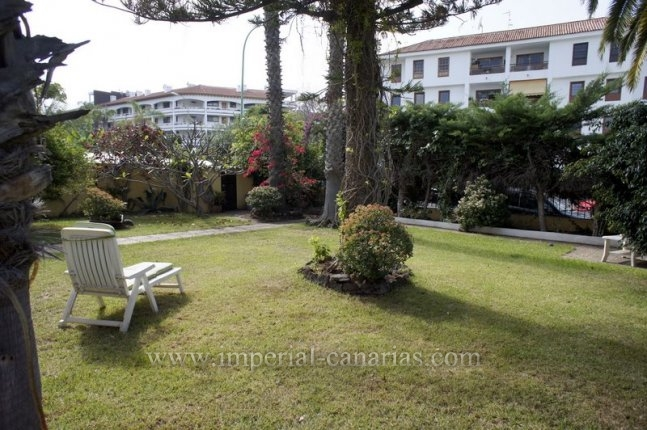Flat in Botanico  -  Nice apartment with large garden in residential area