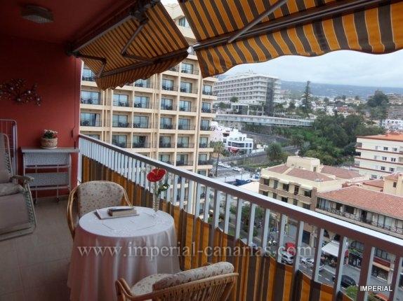 Wohnung in Martianez  -  Schönes Apartment im 9. Stockwerk eines zentral gelegenen Gebäudes in der Nähe des Strandes und dem Lago Martianez.