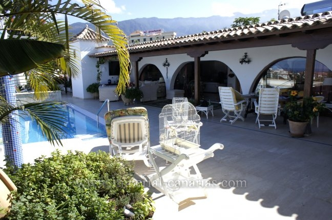 Chalet in Guacimara  -  Excellent villa with panoramic views an huge living in Puerto Cruz!