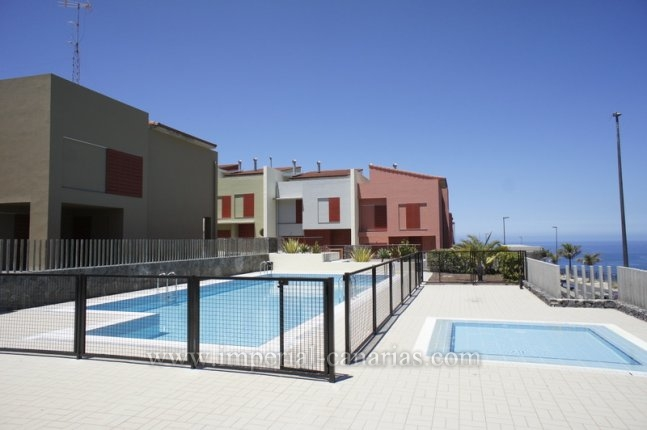 Splendid semi new terraced hose in La Quinta!